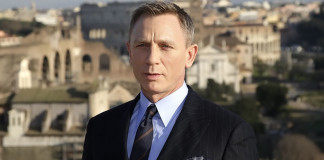 Daniel Craig Quits Being James Bond