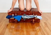 Effortless Way to Pack a Bag